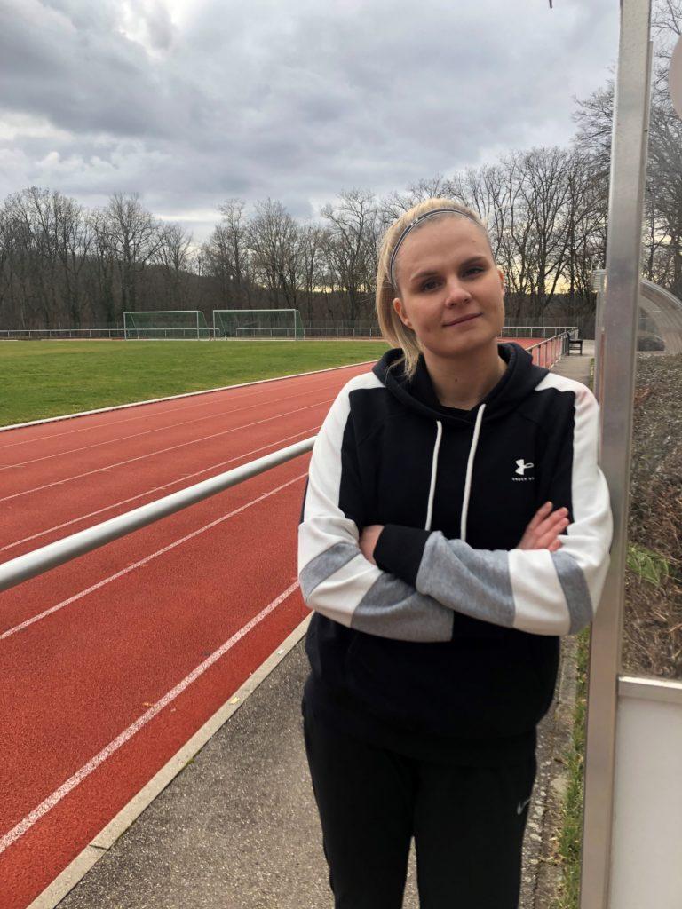 Sabrina Dieskau Sportwissenschaftlerin, Sporttherapeutin (i.A.) und Ernährungsberaterin